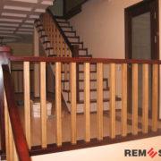 Деревянное ограждение лестницы №12