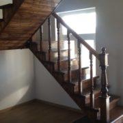 Деревянное ограждение лестницы №2