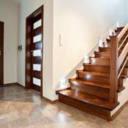 Деревянное ограждение лестницы №3