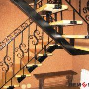 Лестница на второй этаж №10