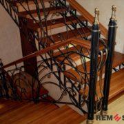 Лестница на второй этаж №9