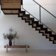 Лестница на металлическом каркасе №2