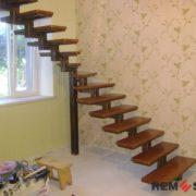 Лестница на металлическом каркасе №9