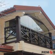 Ограждение балкона из дерева №3