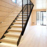 Лестница на каркасе