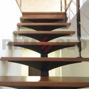 Лестница на каркасе 10