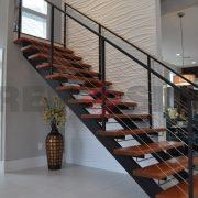 Лестница на каркасе 41
