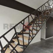 Лестница на каркасе 42