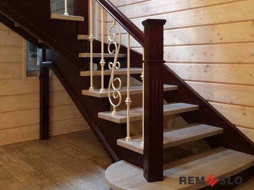 Деревянная лестница №18