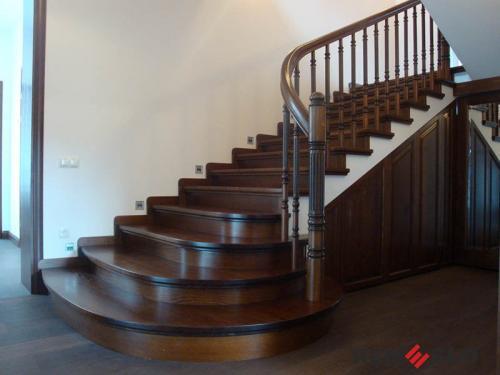 Деревянная лестница №23