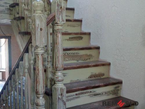 Деревянная лестница №27