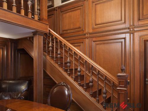 Деревянное ограждение лестницы №20
