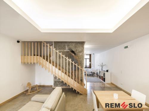 Деревянное ограждение лестницы №9