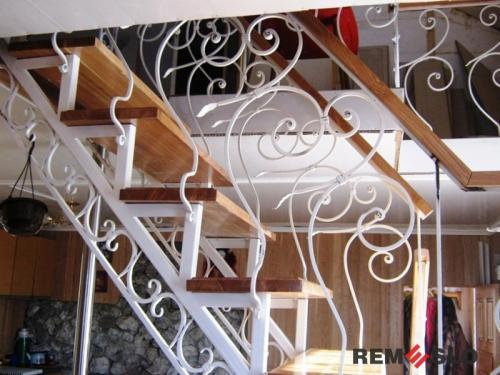Кованая лестница №2