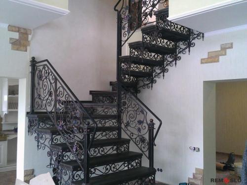 Кованая лестница №5