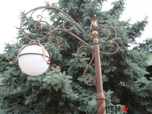 Кованый фонарь №12