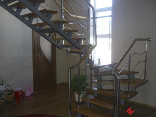 Лестница на второй этаж №5
