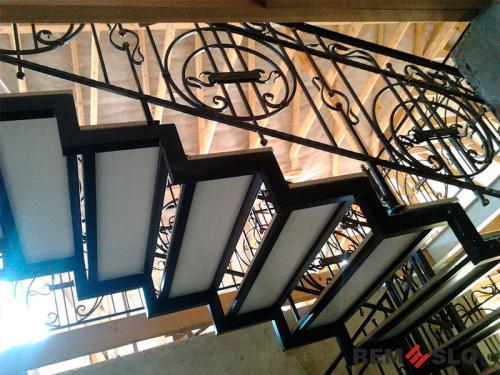 Лестница на металлическом каркасе №14