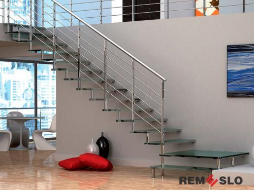 Лестница с элементами стекла №6