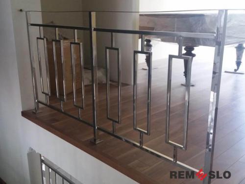 Ограждение балкона из нержавеющей стали №11