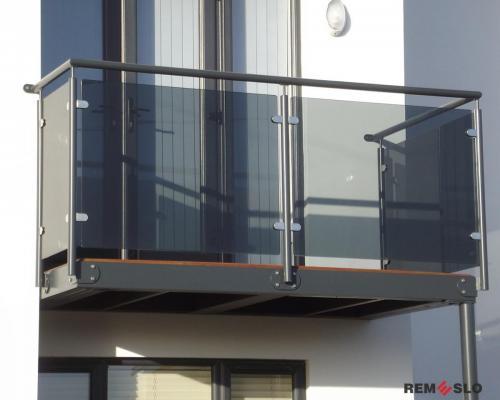 Ограждение балкона из стекла №12