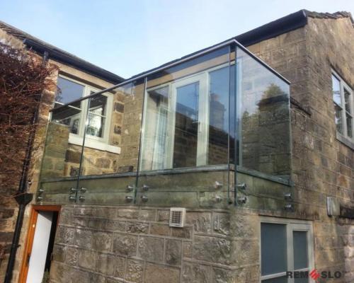 Ограждение балкона из стекла №14
