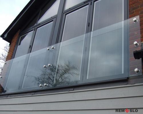 Ограждение балкона из стекла №5