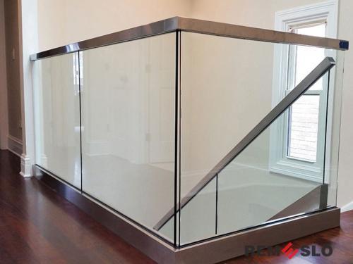 Ограждение балкона из стекла №8