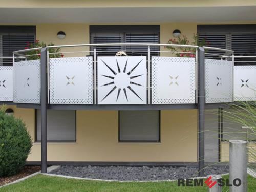 Ограждение балкона с лазерной резкой №4