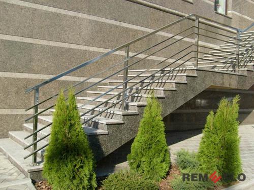 Ограждения лестниц из нержавеющей стали №008
