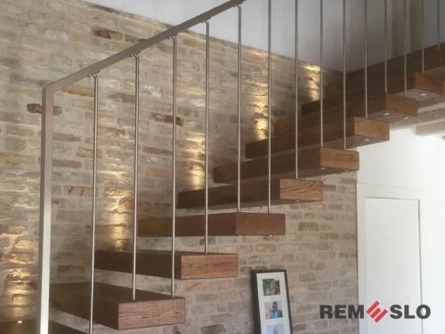 Ограждения лестниц из нержавеющей стали №010