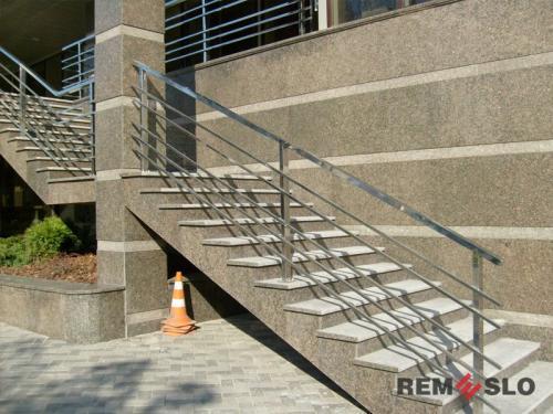 Ограждения лестниц из нержавеющей стали №013