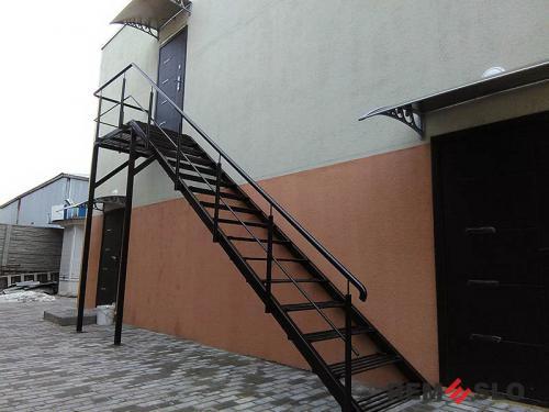Уличная лестница №2