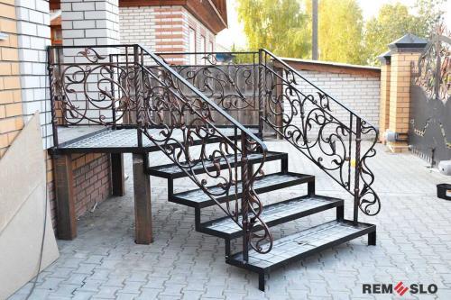Уличная лестница №28